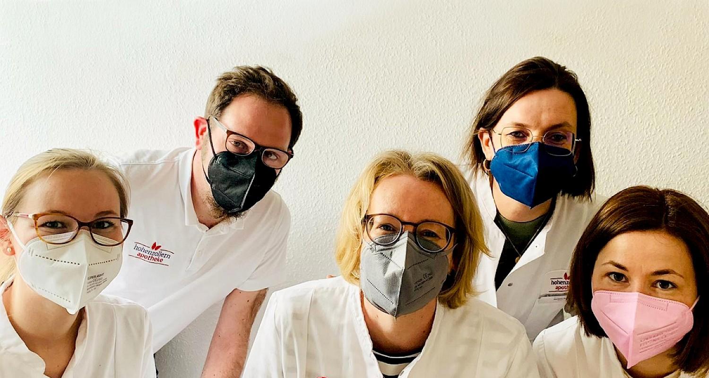 Bunte FFP2-Masken in der Hohenzollern Apotheke